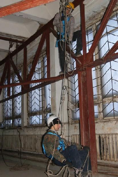работы Уборщица обучение промышленному альпинизму с проживанием и последующим трудоустройством квартиру